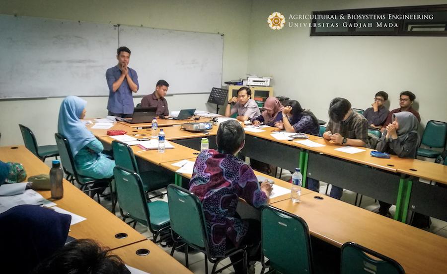 Seminar Hasil Penelitian Mahasiswa Teknik Pertanian dan Biosistem UGM